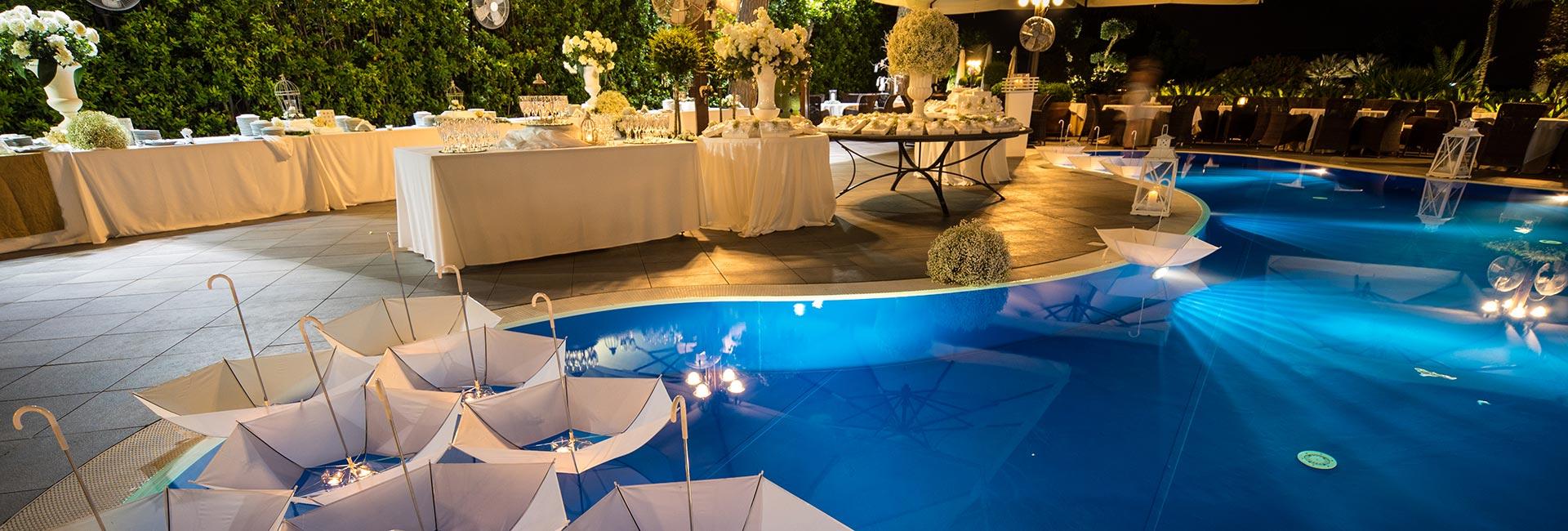 Location per matrimoni napoli ristorante blue marlin club for Addobbi piscina per matrimonio